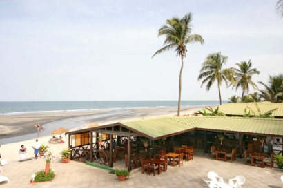 Sunset Beach pool/beach bar and restaurant