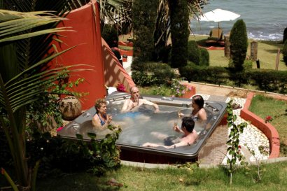 Manor House Jacuzzi