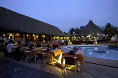 Poolside dining at the Kombo Beach Hotel