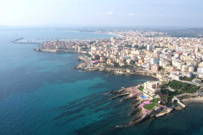 Hotel Location and Alghero