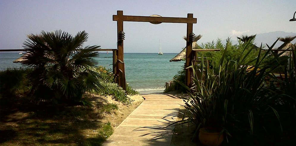 Entrance to the beach