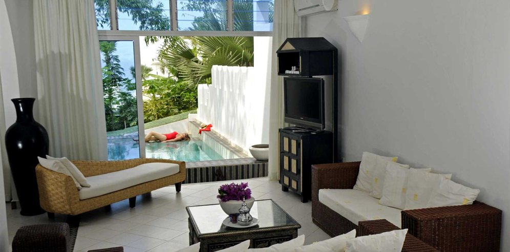 Royal Suite with private plunge pool at Coco Ocean