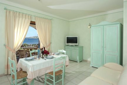 2 Bed Apartment Sea View