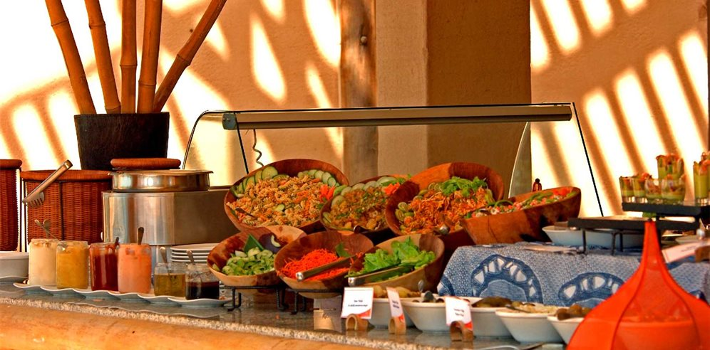 Buffet at Coral Beach Resort & Spa, Brufut, The Gambia