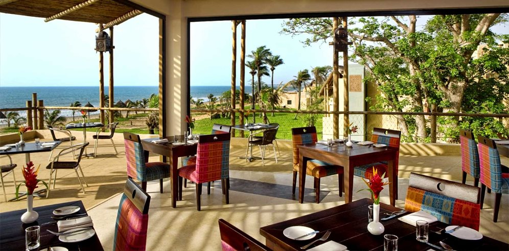 Crematata buffet restaurant with outdoor terrace at Gambia Coral Beach Hotel & Spa, Brufut, The Gambia