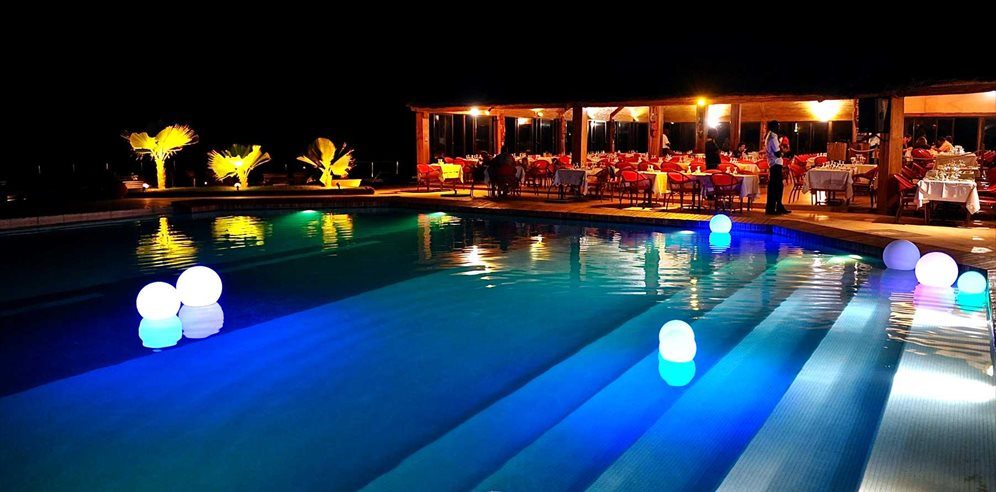 Royal Horizon Baobab Hotel by night