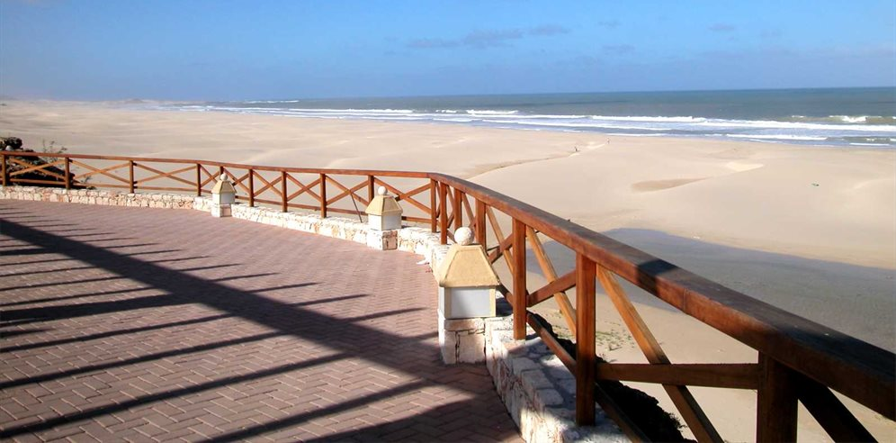 Walkway Down to Praia des Chaves Beach