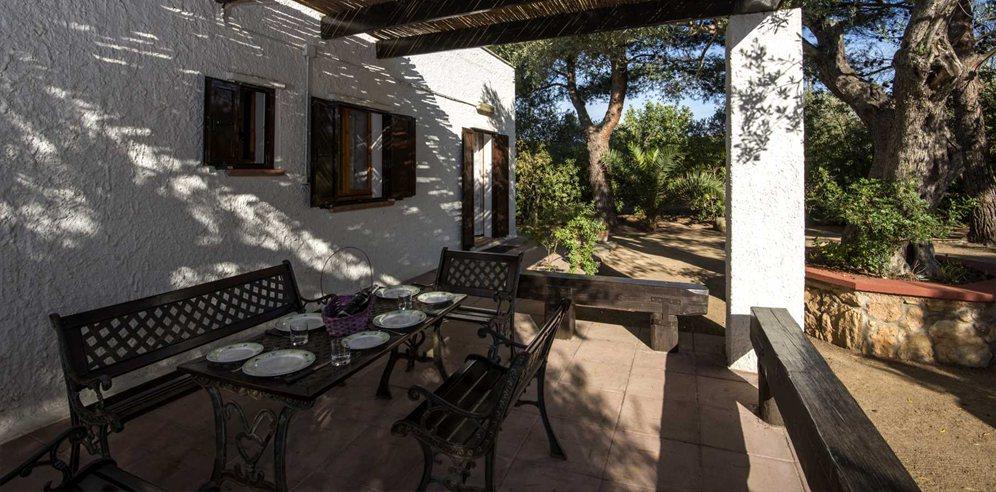Shaded Terrace - Casa Cherchi