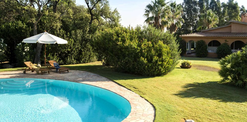 Pool, garden and villa - Casa Querce