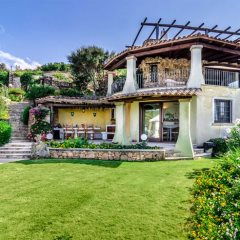 Spacious villa set on two floors at Villa Girolia