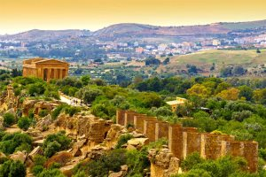 Temple of Concordia, Valley of the Temples, Agrigento - silky   |  Shutterstock