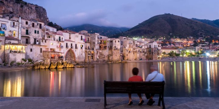 Cefalu at dusk - antonino gitto  |  Shutterstock
