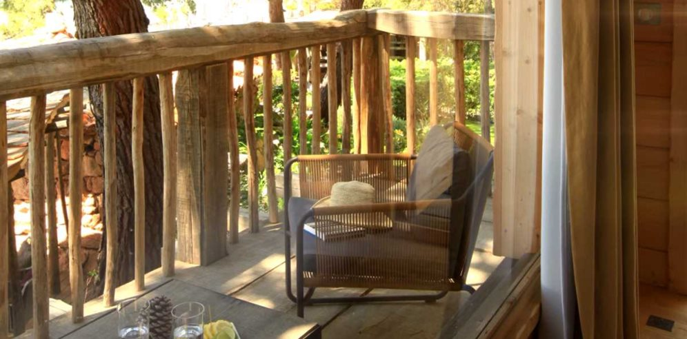 Bambou (Tree house) balcony