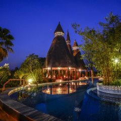 The pool at night, Mandina Lodges