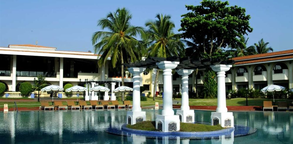 Large Swimming Pool at Holiday Inn Resort Goa, Mobor, South Goa