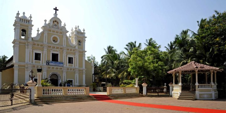 Holy Cross Church, Cavelossim, South Goa