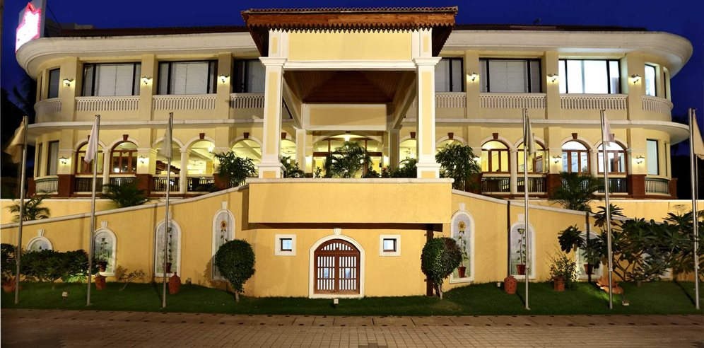 Country Inn & Suites Candolim, North Goa