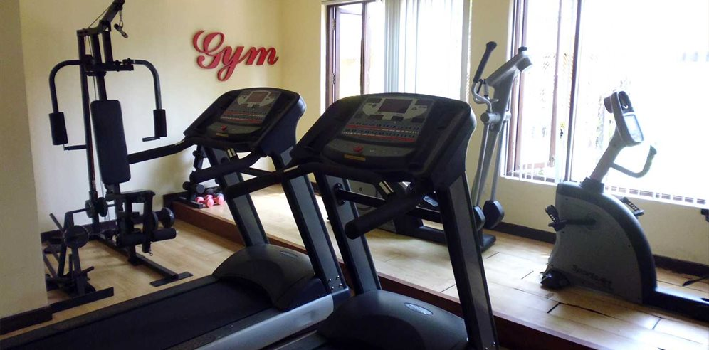 Simple Gym at Sonesta Inns, Candolim, North Goa