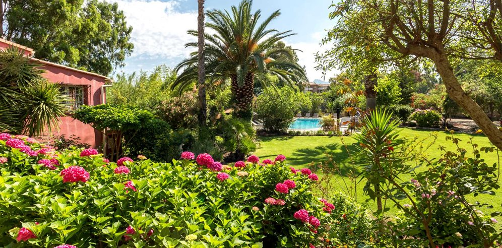 Well-kept Gardens - Le Home - Calvi & la Balagne