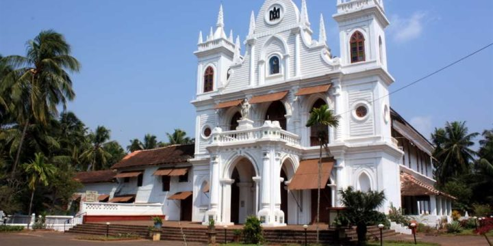 Church in Siolim, Goa.  - Flickr creative commons, Andrey Fedoseev