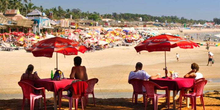 Baga Beach - Jon Hicks / Alamy Stock Photo