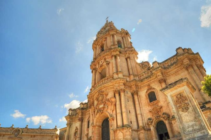 Palermo - City in Sicily - Sightseeing and Landmarks ... |Sicily Landmark Silhouette