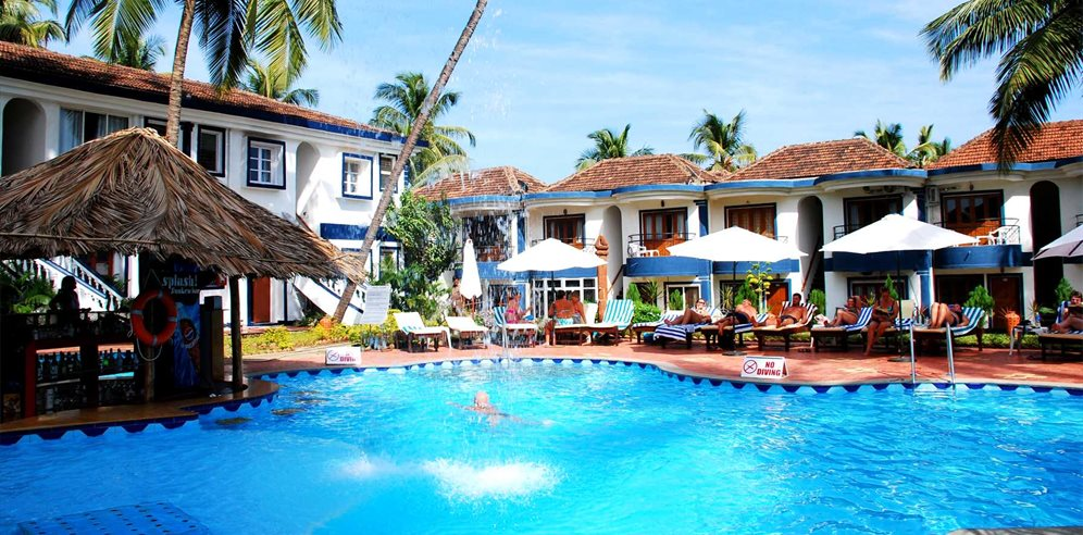 Swimming pool at Santana Beach Resort, Candolim, North Goa
