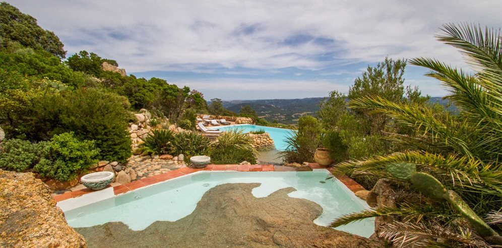 Swimming pool with fabulous views