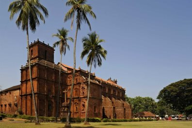 Stroll around Old Goa