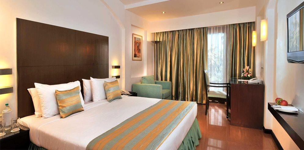 Premier Room at Phoenix Park Inn, Candolim, North Goa
