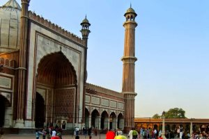 Facade of Jama Masjid, Delhi, India - Don Mammoser | Shutterstock