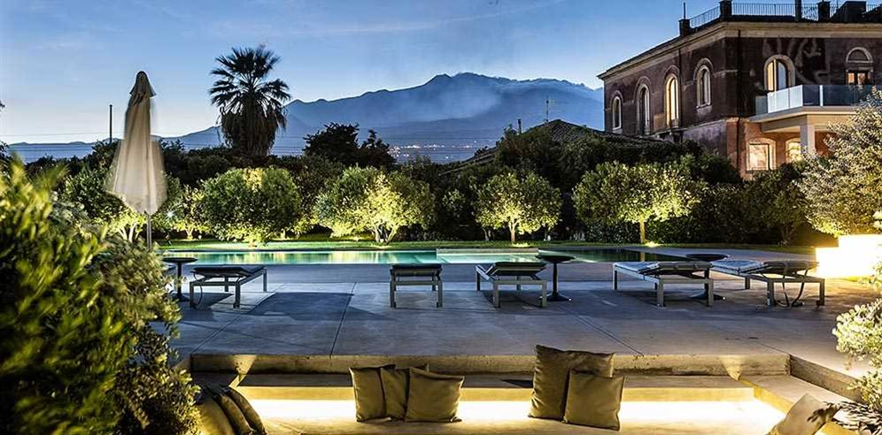 Zash country boutique hotel riposto for Top boutique hotels uk
