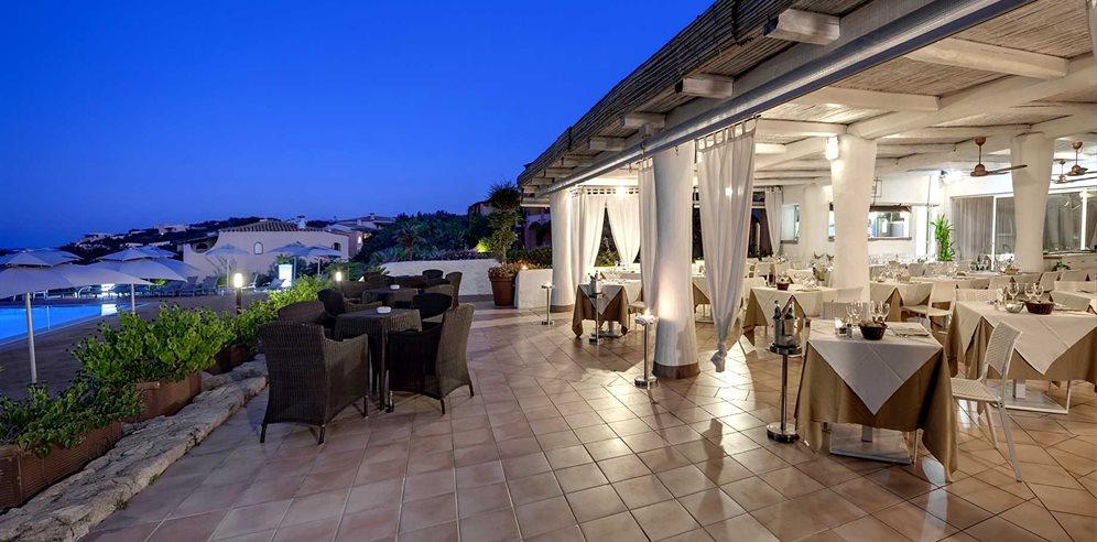 Grand Hotel Porto Cervo  Porto Cervo. Dublin Hilton Hotel. The Village Coconut Island Beach Resort. Concorde La Fayette Hotel. Hotel Cortese. Káli Art Inn. Settler'S Crossing Hotel. Hotel Wende. Suite Hotel Praia Verde