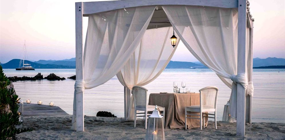 Intimate Dining on the beach - Gabbiano Azzurro Hotel & Suites
