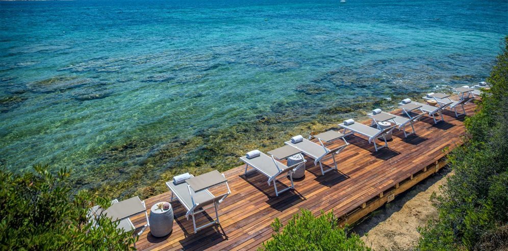 Decking by the sea-Villa del Golfo Lifestyle Resort