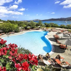 Pool Area - Resort Cala di Falco