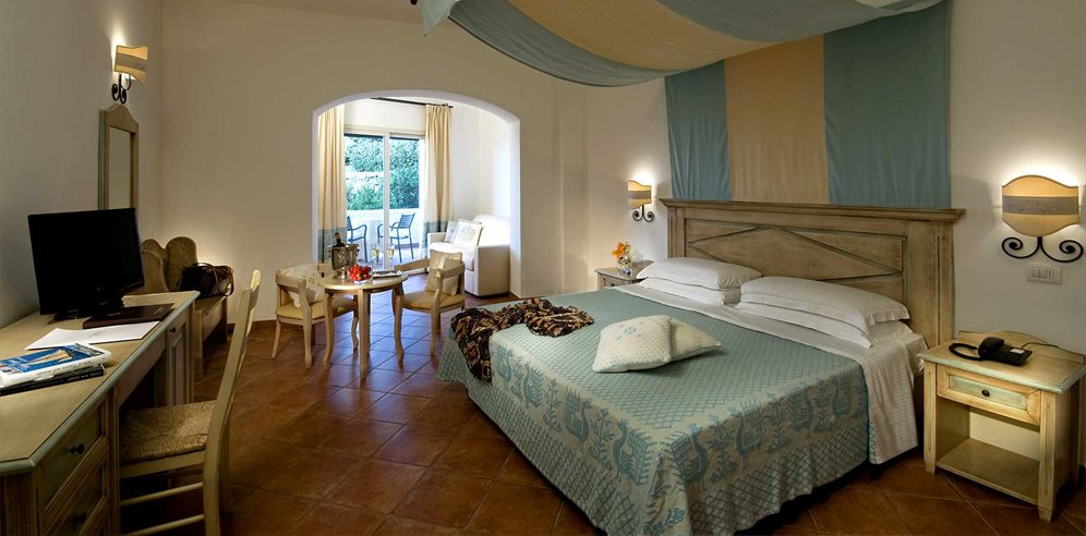 Junior Suite - Colonna Grand Hotel Capo Testa