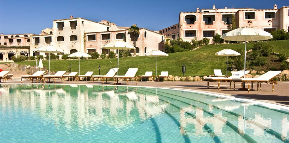 Pool - Colonna Resort