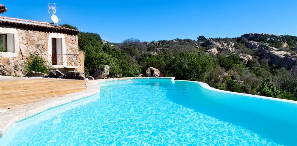 Pool and View - Villa Pietra Bianca