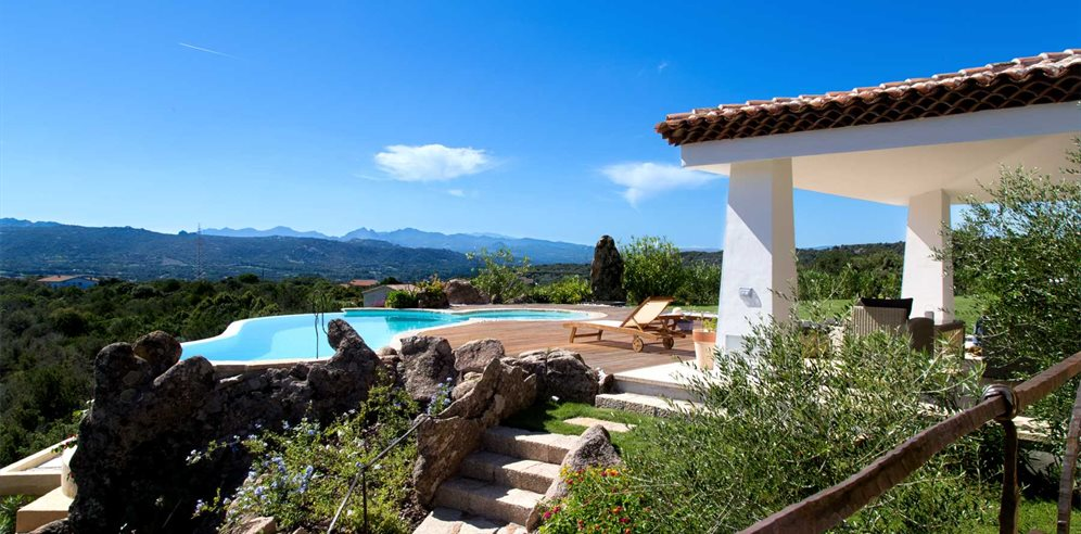 Pool and Views - Villa Pietra Bianca