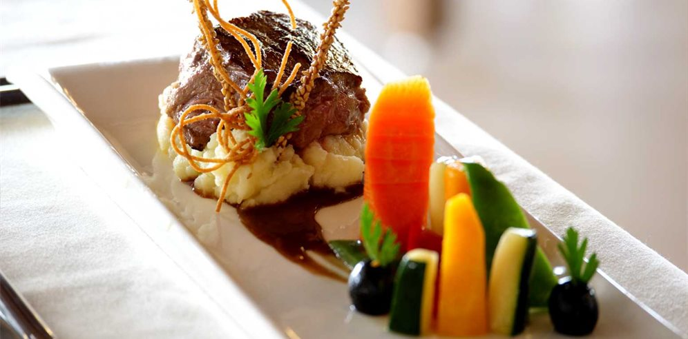 A la carte dining at African Princess Beach Hotel