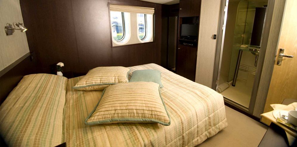 Category C cabin on Mega Yacht Harmony V