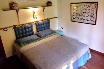 Comfortable double bedroom 2 in Villetta Lalinda, at Villas Santa Caterina.
