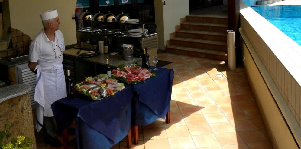 Barbecue Area - Hotel Calabona