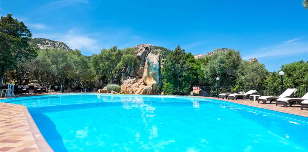 Pool Area - Hotel Rocce Sarde