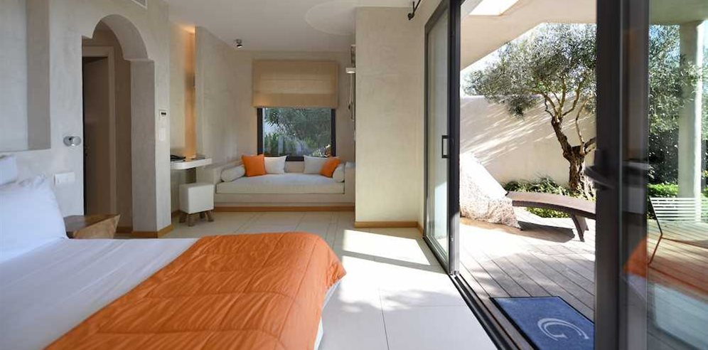 Premium Suite Bedroom at Hotel Cala di Greco