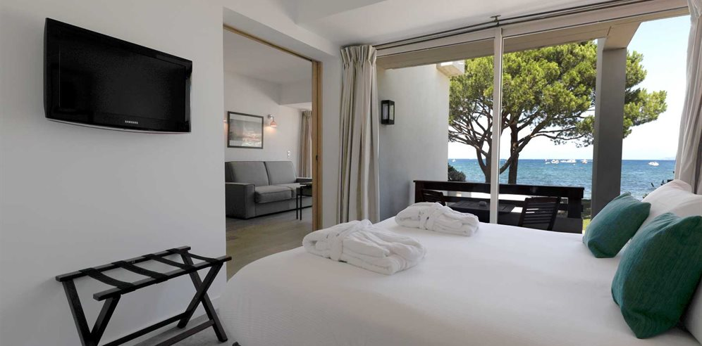 Suite Classique Sea View at Hotel La Roya