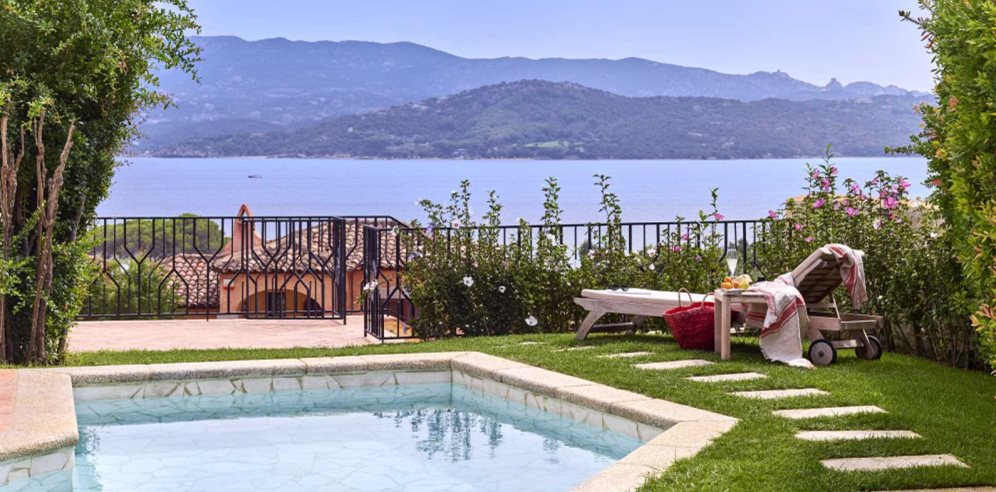Superior Suite with Private Pool at Villa del Golfo Lifestyle Resort